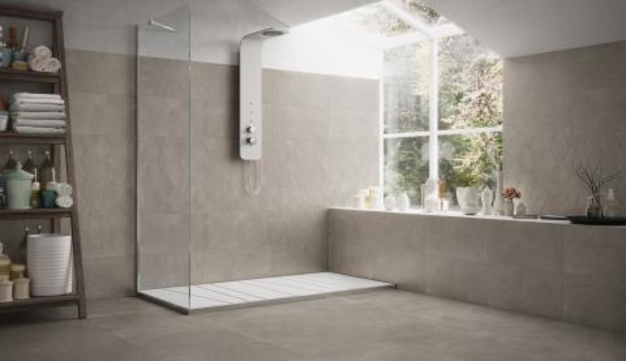 Natuursteen Strips Badkamer : Badkamertegels gavra